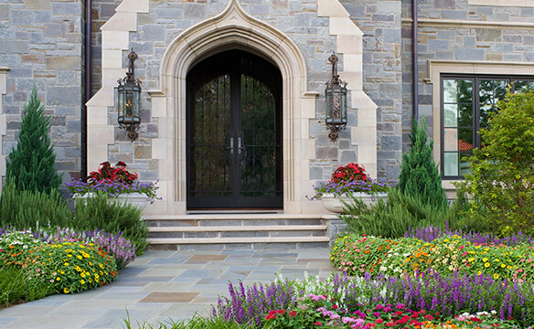 "5 Steps for Better Landscaping ""Curb Appeal"""