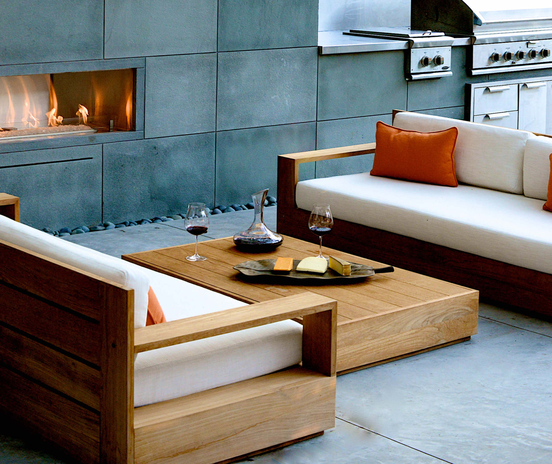 Modern Vent Free Fireplace Amp Outdoor Living Area Wins