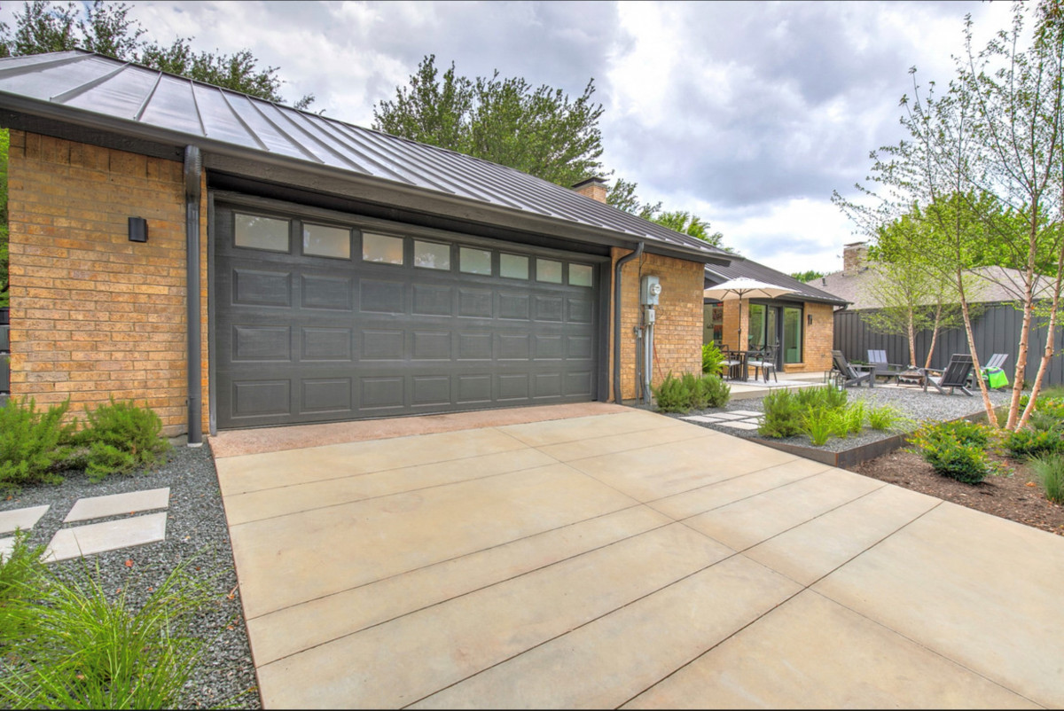 Bonick Landscaping Small Space — Big Impact