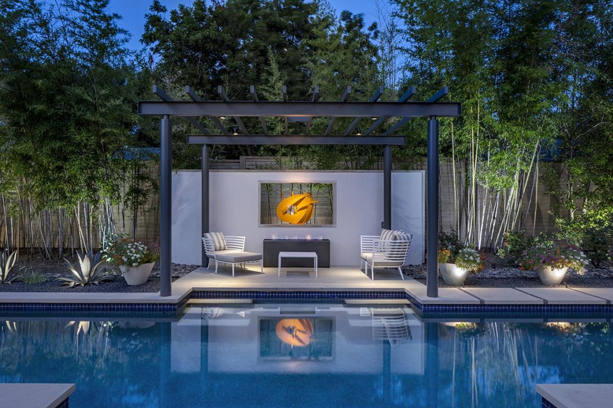 7 Secrets to Luminous Landscape Lighting
